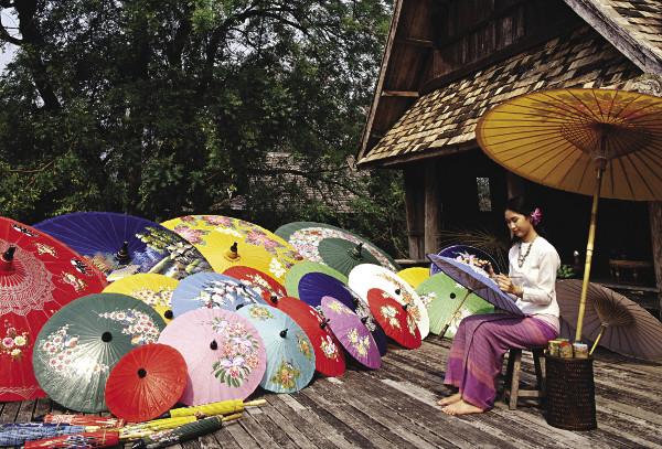 Đến Chiang Mai khám phá làng nghề truyền thống Bosang