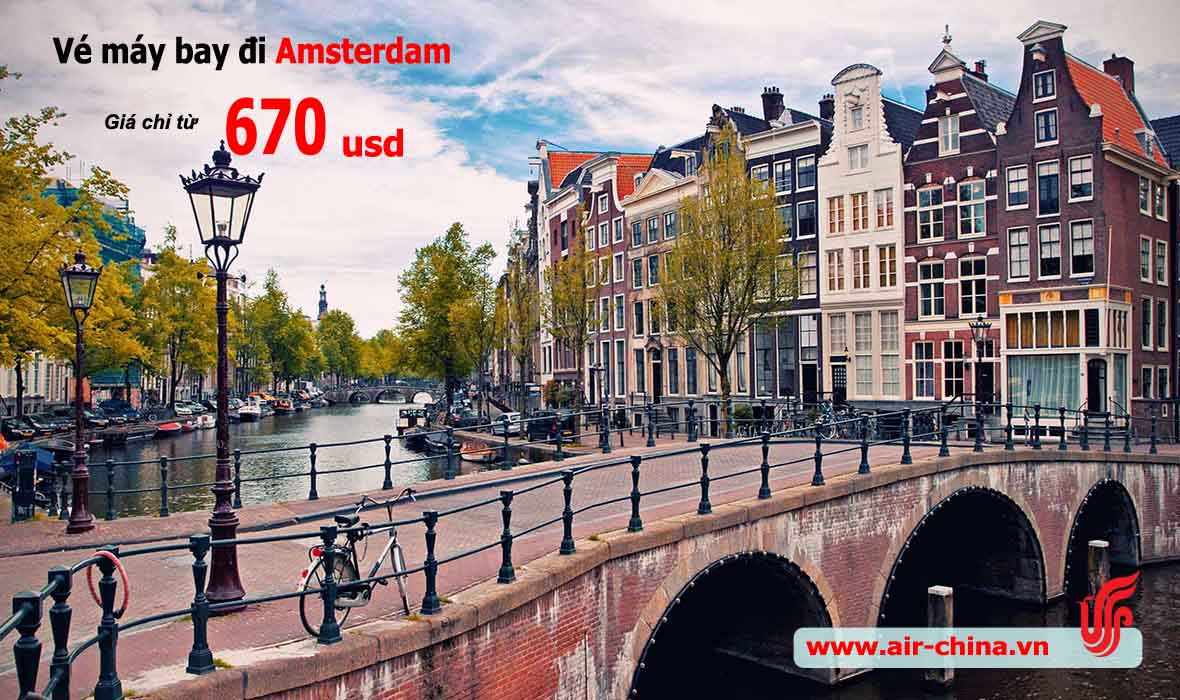 ve-may-bay-di-amsterdam-gia-re